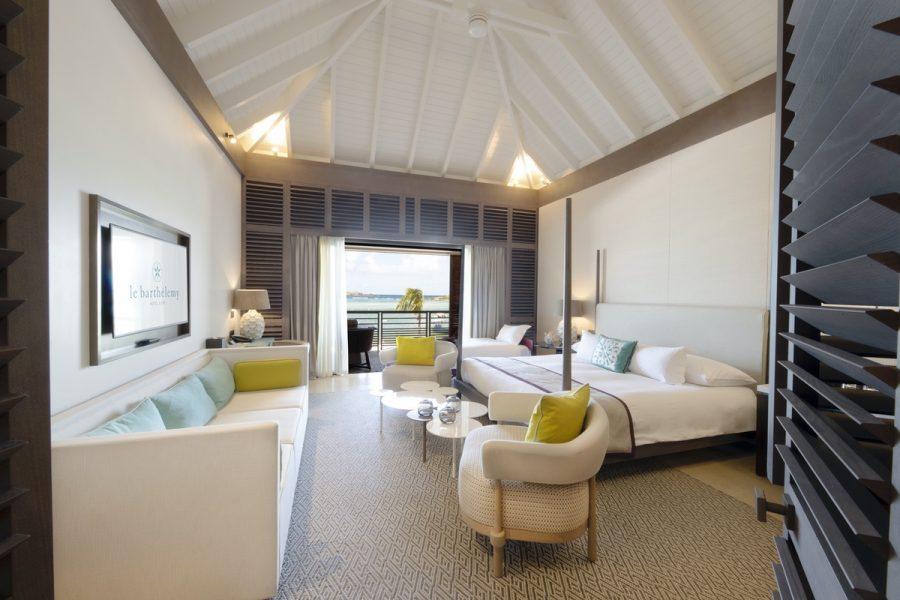 Interior pf Océan Lux room with views of the Caribbean Sea at Le Barthélemy