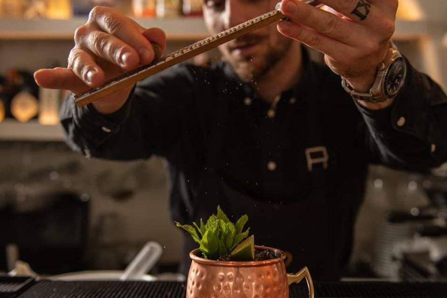 M Eating - cocktails in Mykonos